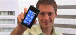 Up Close and Personal with the Nokia Lumia 900