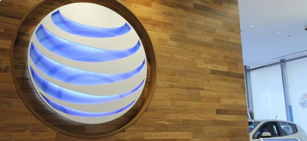 AT&T Opens Flagship Retail Store in Chicago